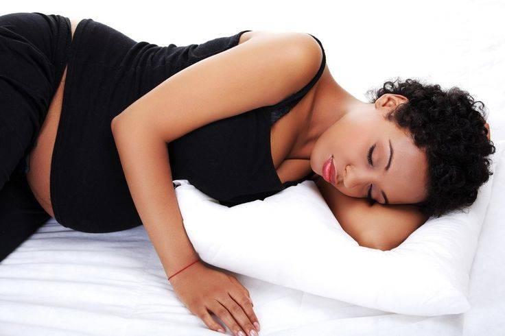Причины развития бессонницы в первые недели после зачатия и способы борьбы с ней