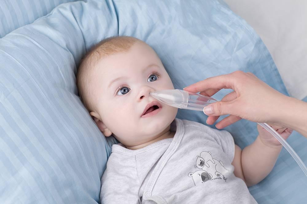 новорожденный хлюпает носом