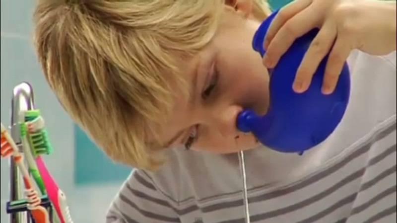 Е. комаровский: рецепт солевого раствора для промывания носа ребенку - как сделать, как промывать нос новорожденному соляным физраствором в домашних условиях