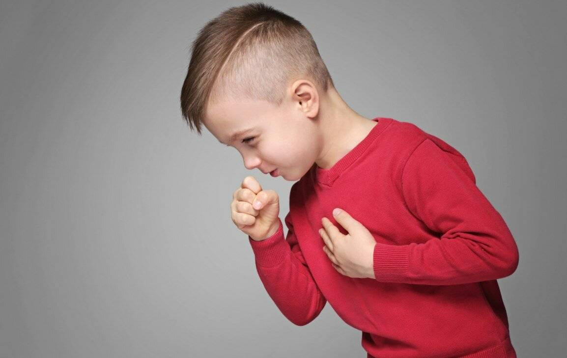 Как распознать и лечить аллергический кашель у детей