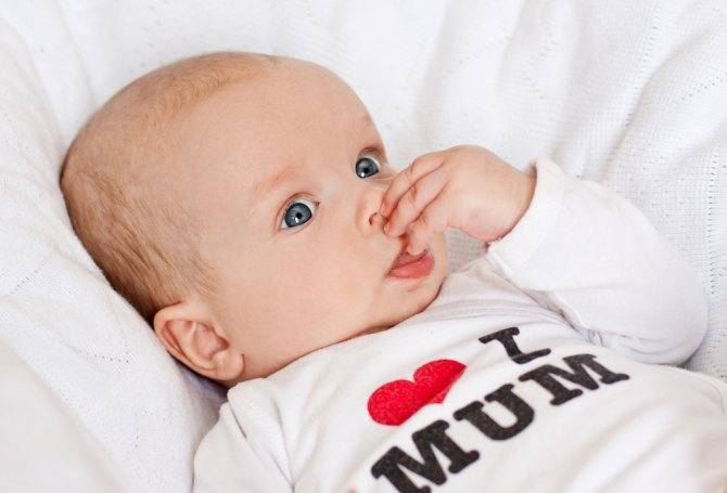 насморк у ребенка до года комаровский