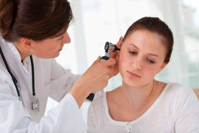 При глотании болит ухо отдает в висок