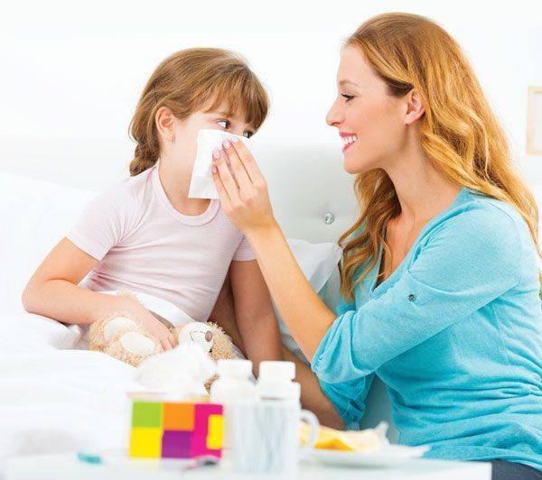 Неприятный запах из носа: причины и лечение