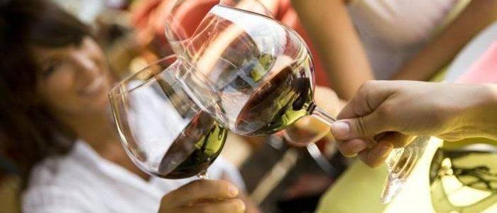 Можно ли пить алкогольное пиво или вино при цистите?
