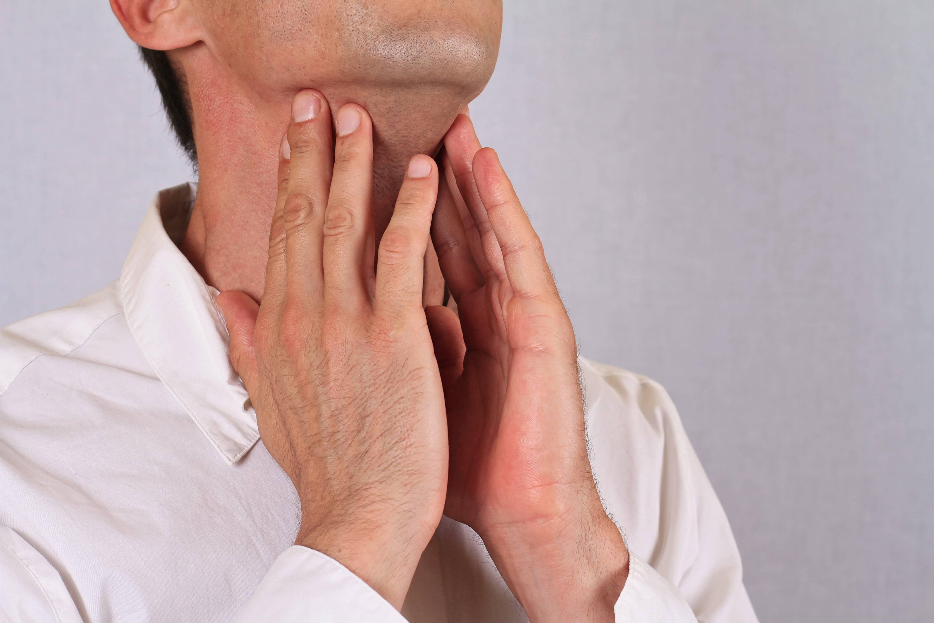 Симптомы рака горла на ранних стадиях