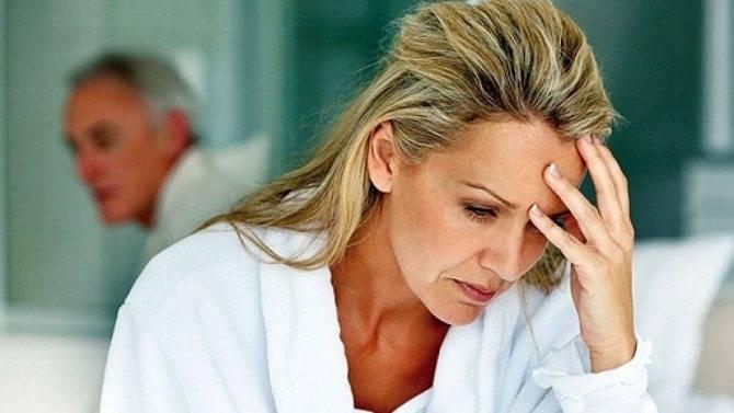 Почему болит грудь при климаксе: причины и лечение