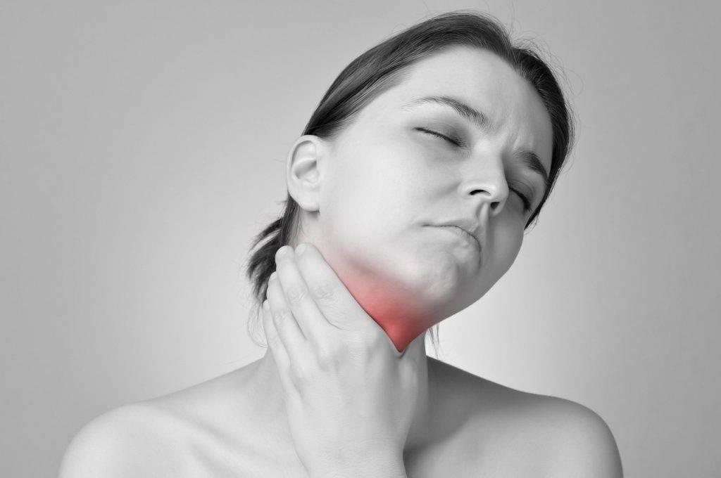 Что делать при ожоге горла и чем его лечить