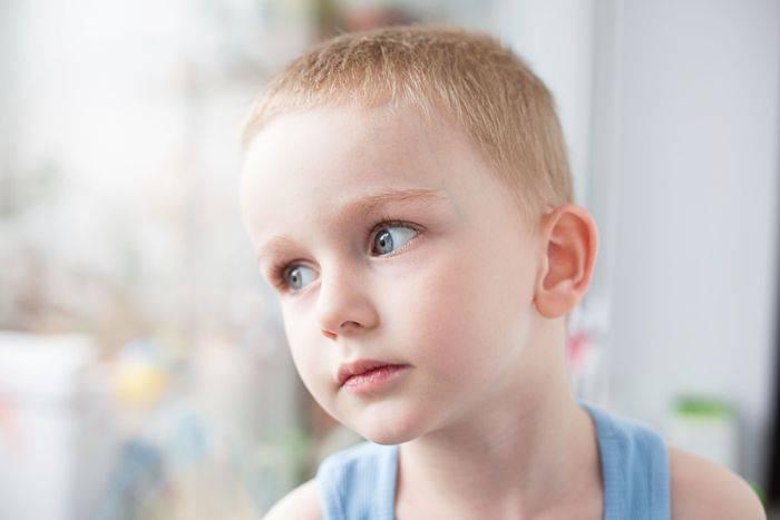 Маме на заметку: о чем говорят отеки под глазами у ребенка?