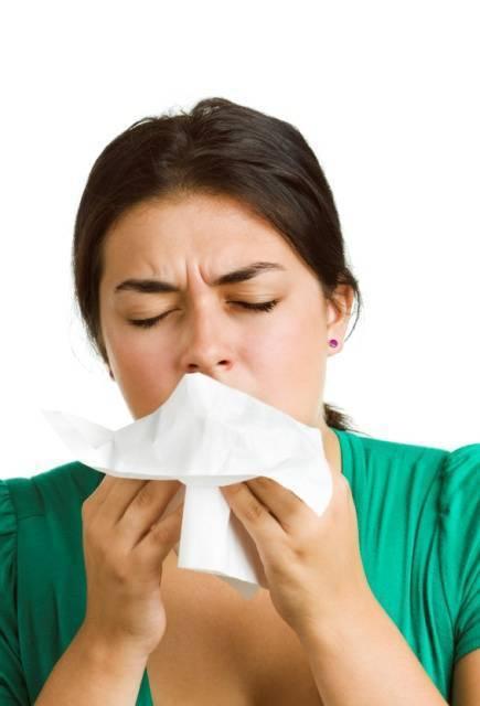Болит голова температура 38 болит горло