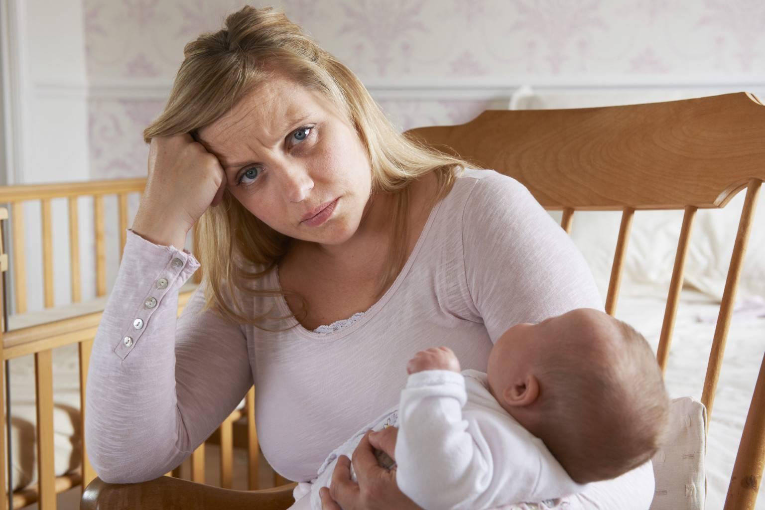 послеродовая депрессия причины