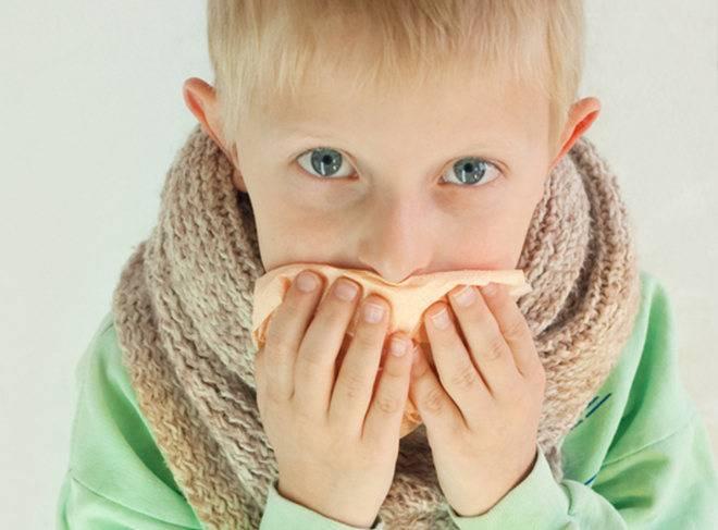 Остаточный кашель у ребенка: как лечить народными средствами и медикаментами