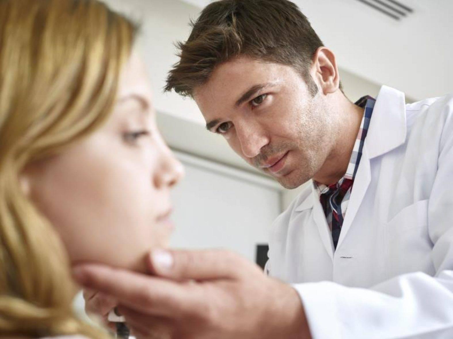 кто лечит герпес какой врач