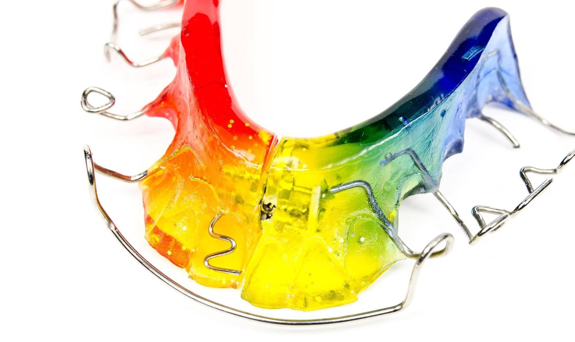 Зубные пластины для детей, цены в москве в стоматологии доктор мартин