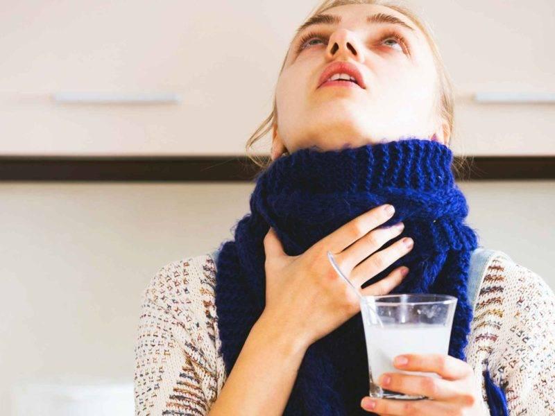 Можно ли полоскать горло водкой при ангине?