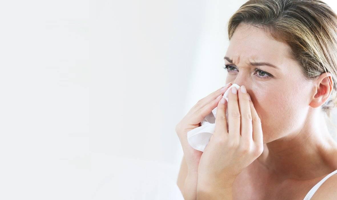 Как быстро избавиться от насморка и заложенности носа без капель народными средствами?