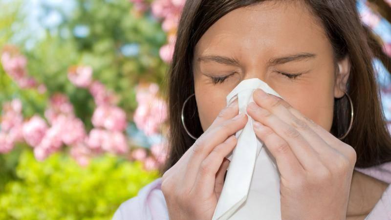 Как лечить аллергию насморк народными средствами