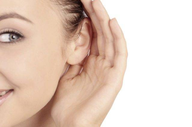Зуд в ушах: норма и связь с болезнями, как лечить, профилактика