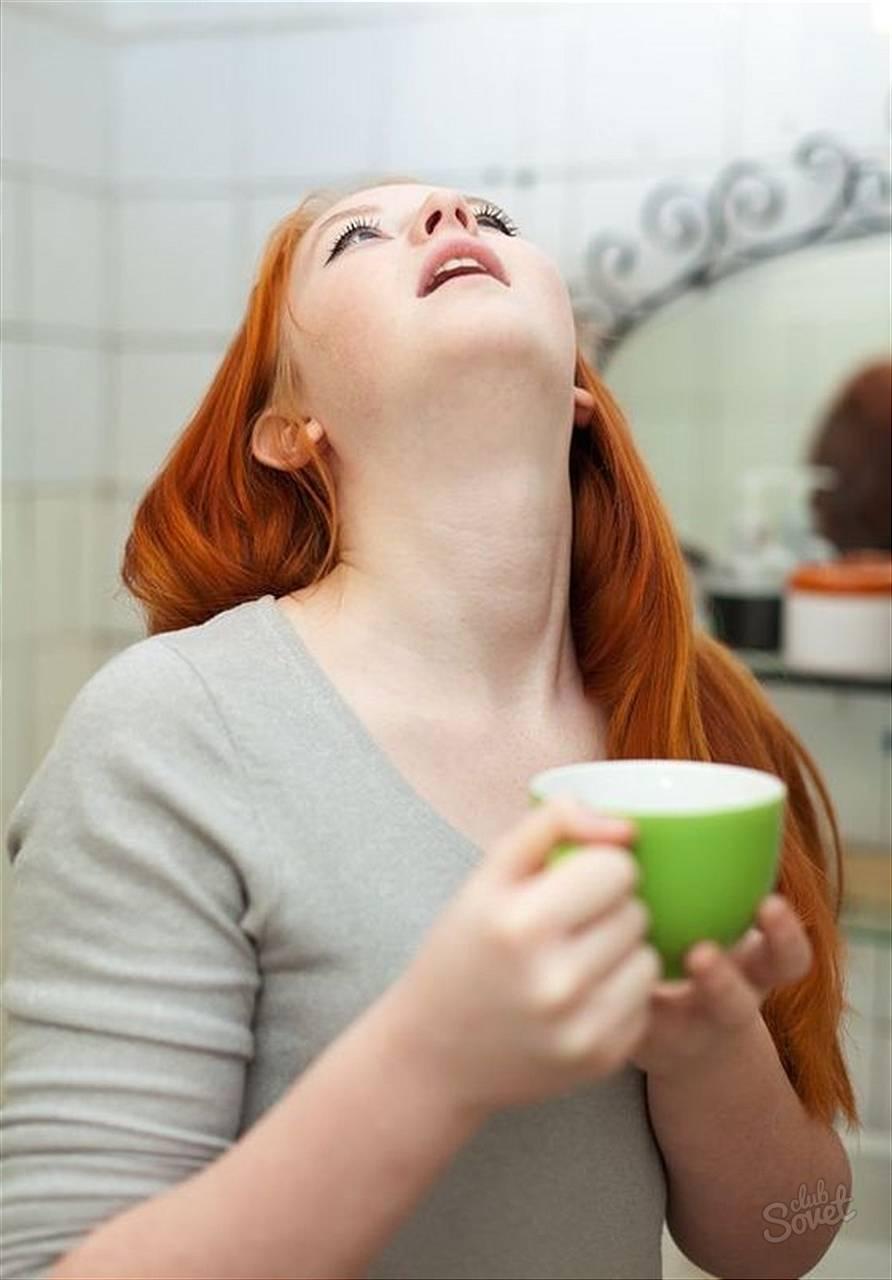 Чем можно полоскать горло при беременности: фурацилином, содой, ромашкой, солью