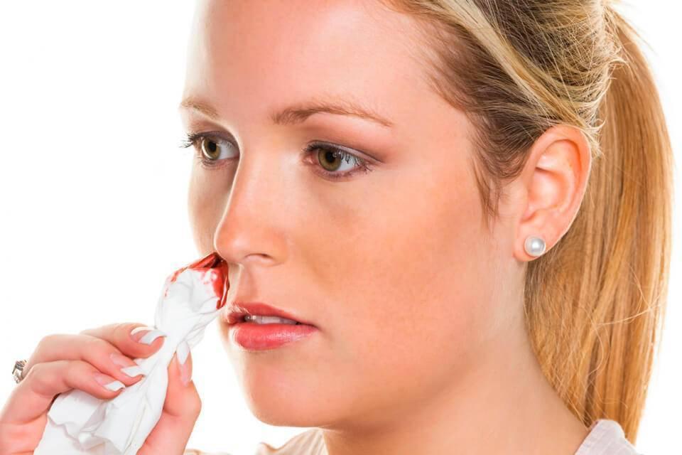 Прозрачные выделения из носа, что же делать когда вода из носа?