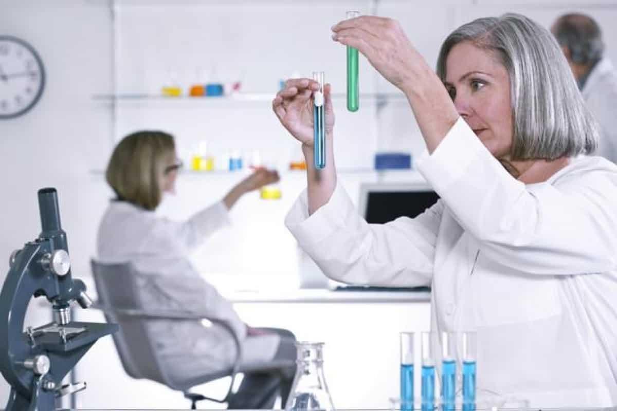 Какой врач лучше других лечит от глистов и паразитов?