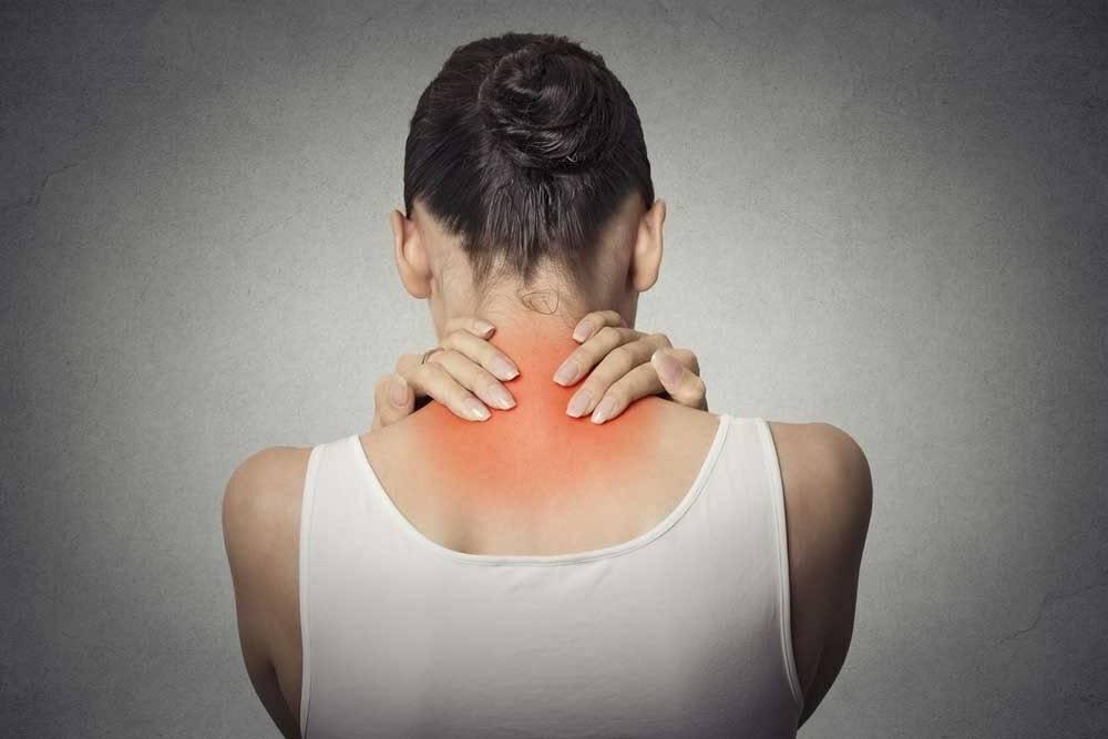 Когда «прихватила» шейная невралгия: лечить, нельзя откладывать