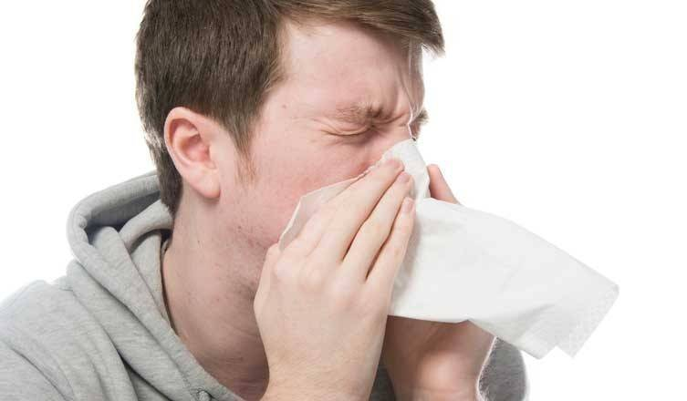 Насморк и чихание без температуры у ребенка