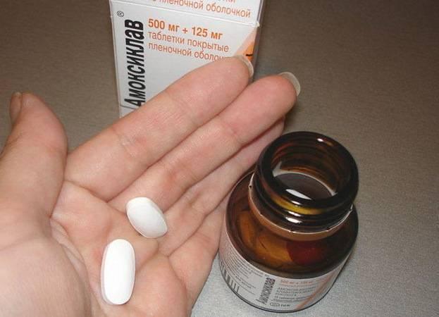 Антибиотики при отите у детей – стоит ли принимать, и как это правильно делать?