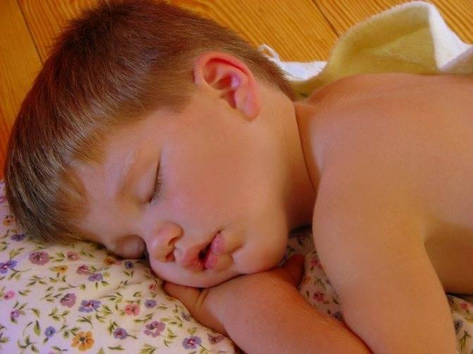 Болит горло и температура 38 чем лечить. что делать, если у ребенка болит горло и поднялась температура