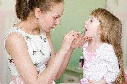 Причины возникновения и методы лечения горлового кашля