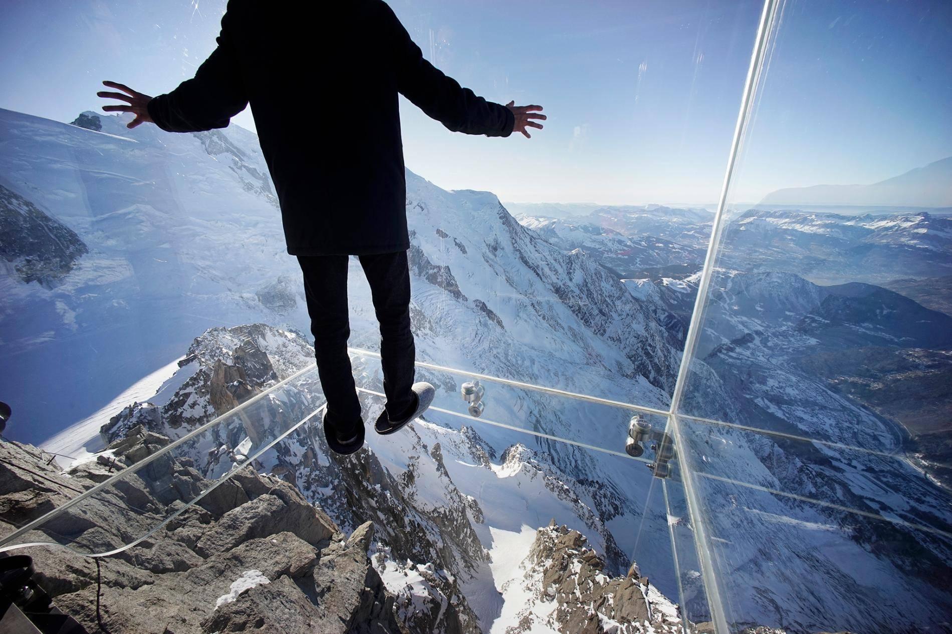 Как преодолеть страх высоты?