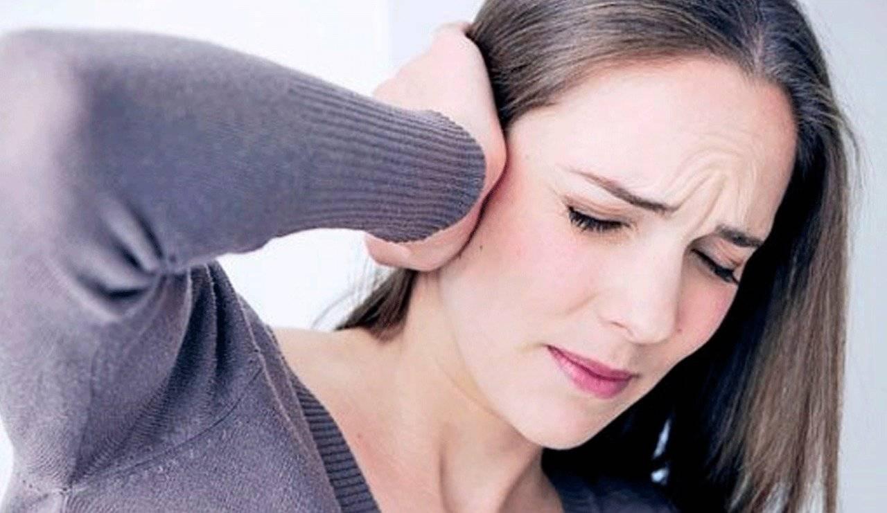 Почему в ухе возникают неприятные ощущения и дискомфорт?