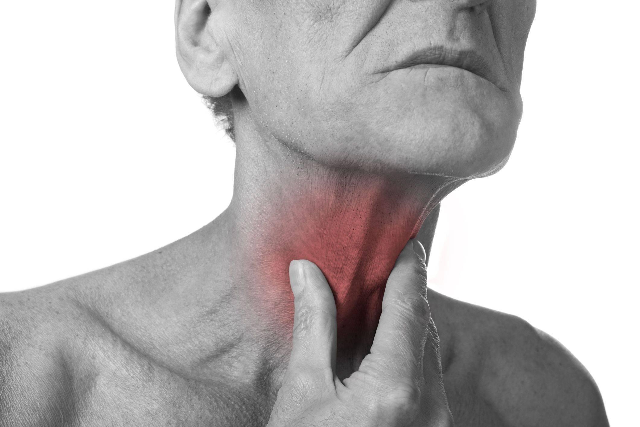 Симптомы и лечение опухоли в горле: признаки рака гортани