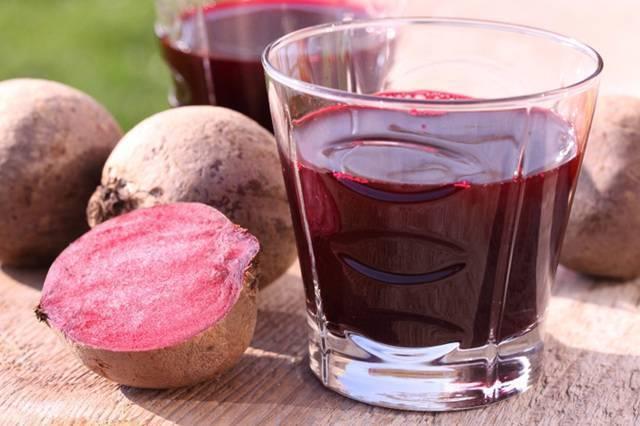 Полезные и вредные свойства свекольного сока для печени