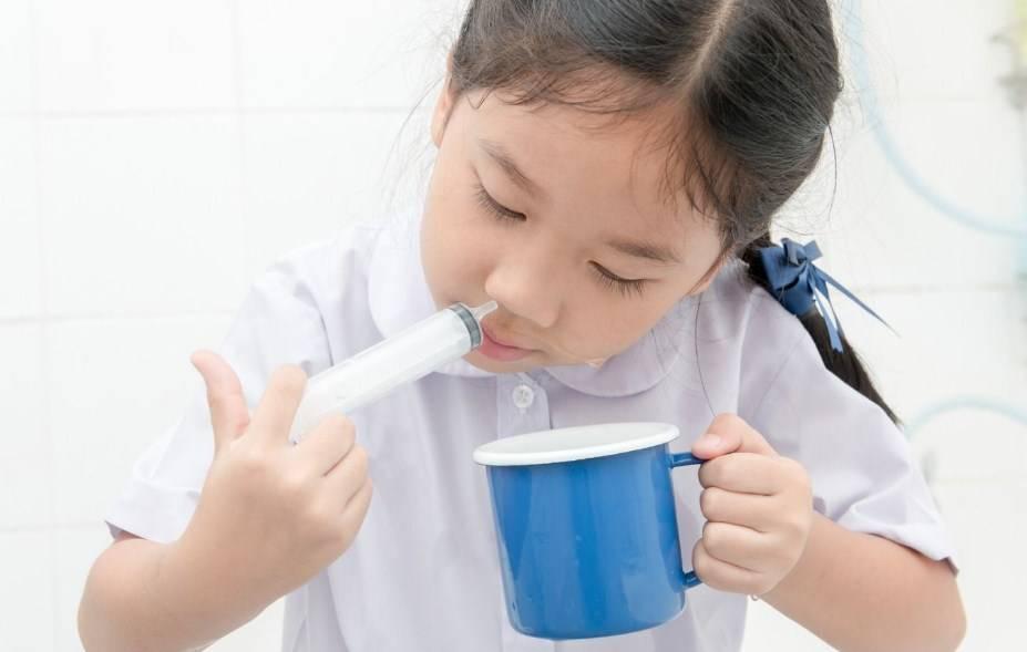 как промыть нос ребенку 1 год