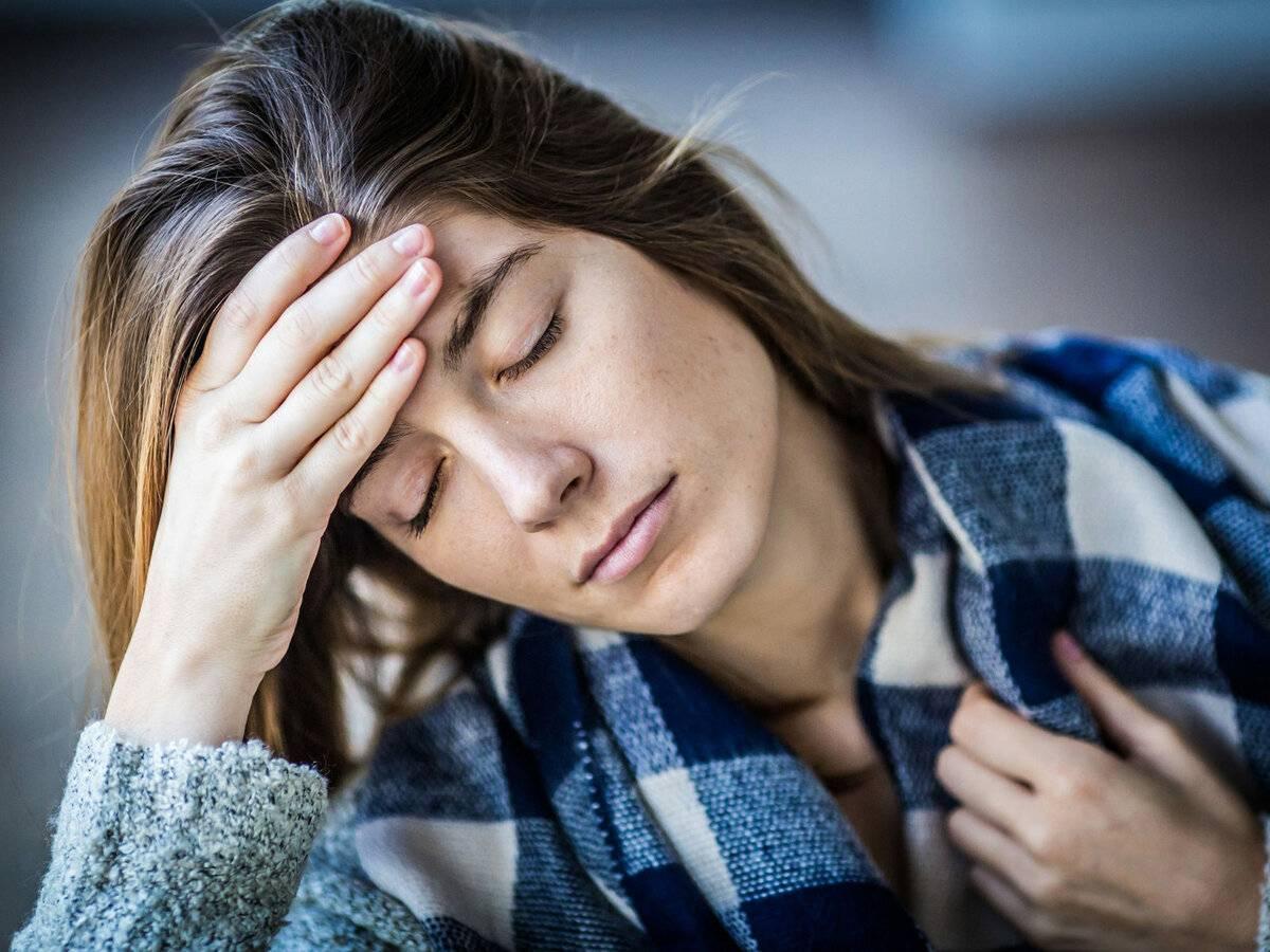Постоянная усталость, сонливость, апатия: причины, лечение