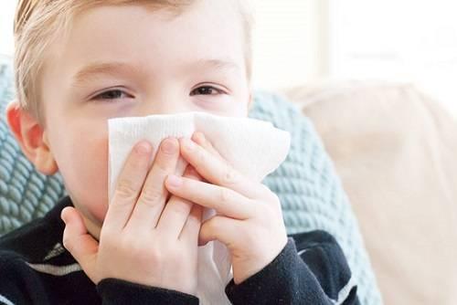 Чем лечить кашель у ребенка в 2 года