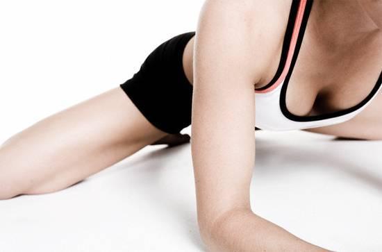 Упражнения при мастопатии: гимнастика, йога, бег