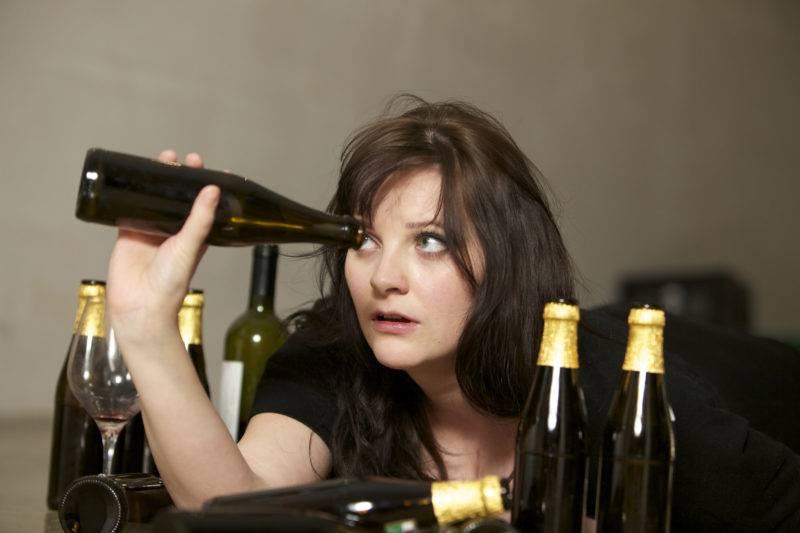 Как женщине избавиться от алкогольной зависимости самостоятельно