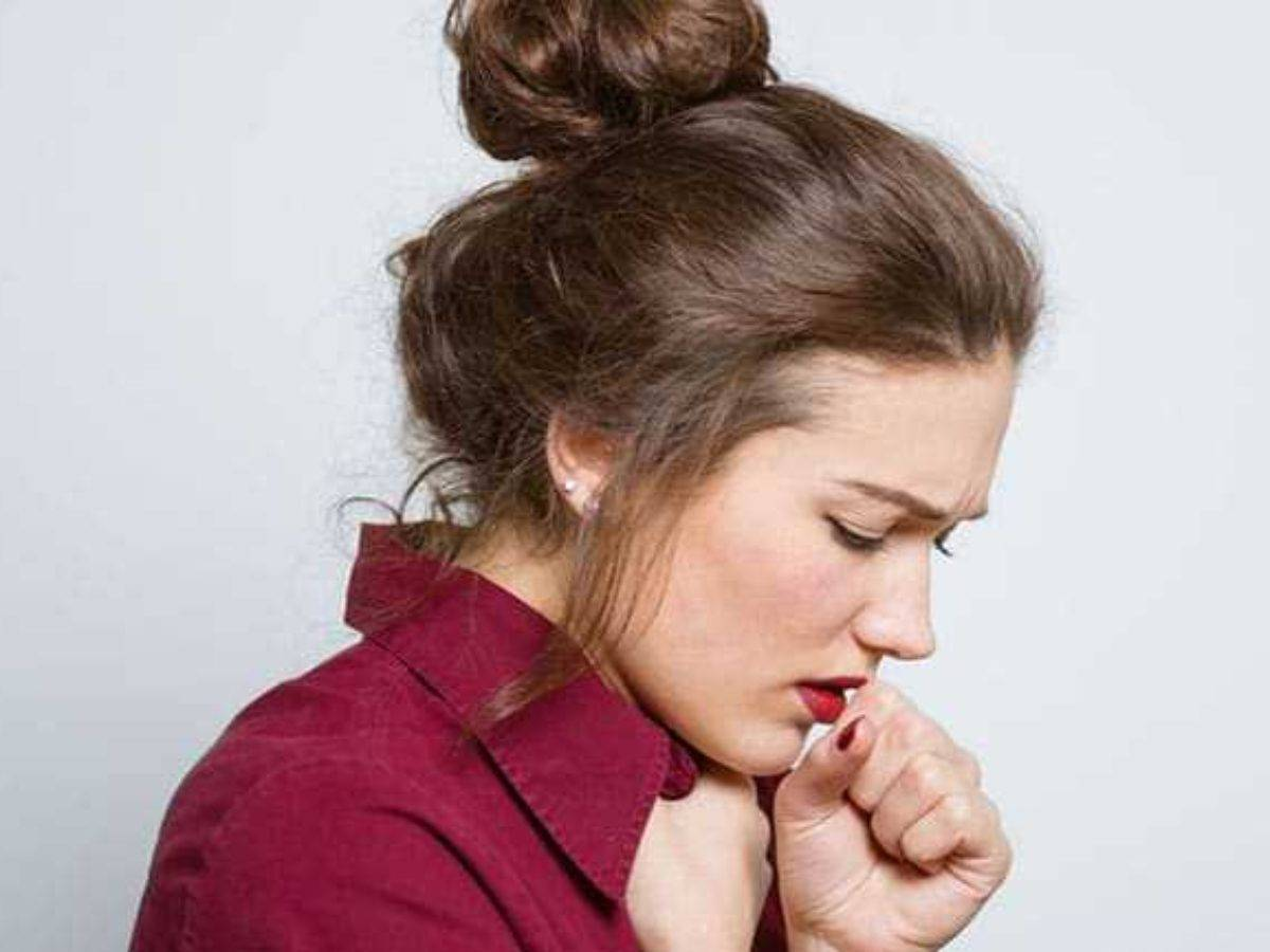 Щекочет в горле и вызывает кашель