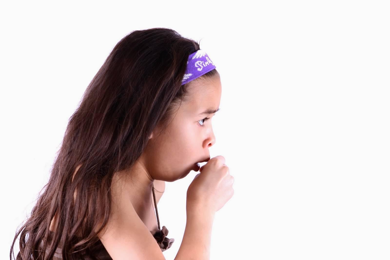 Кашель после еды: причина и как лечить народными средствами