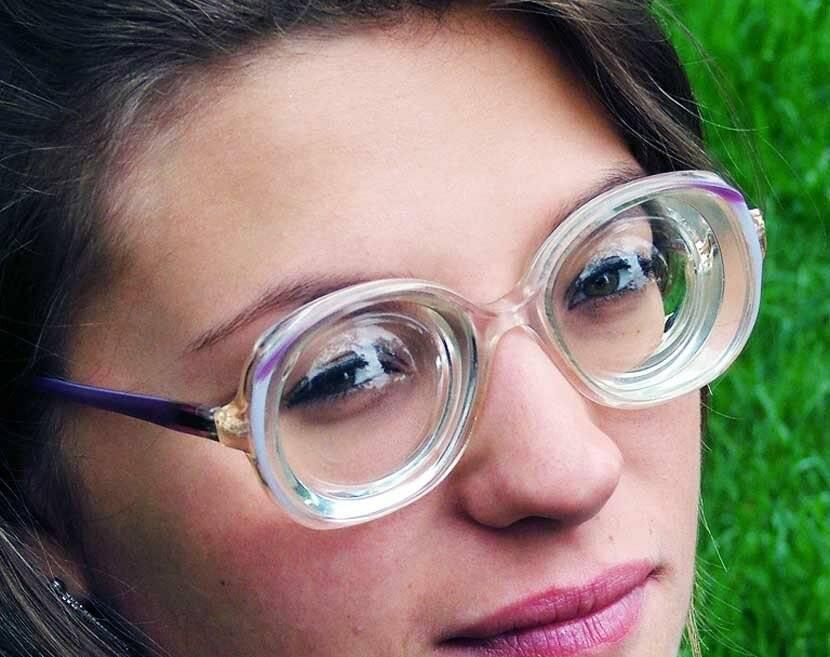 Пресбиопия (возрастная дальнозоркость): линзы, очки, операция lasik