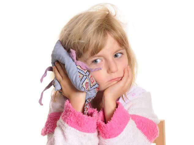 болят ушки у ребенка