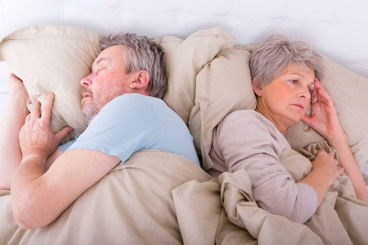 Эффективные средства избавления от бессонницы для пожилых людей