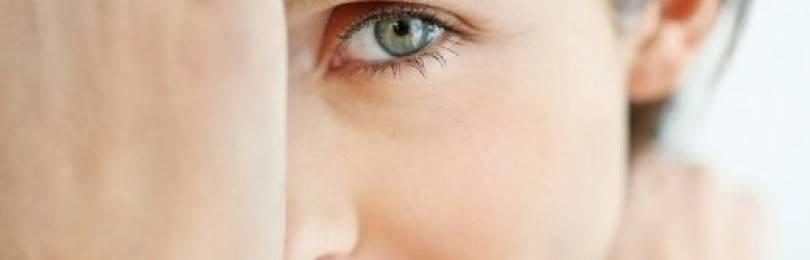Почему у вас дергается глаз: основные причины и методы устранения?