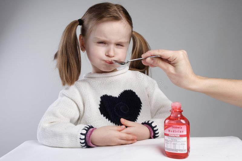 Болит горло у ребенка - чем лечить? лекарство от горла для детей