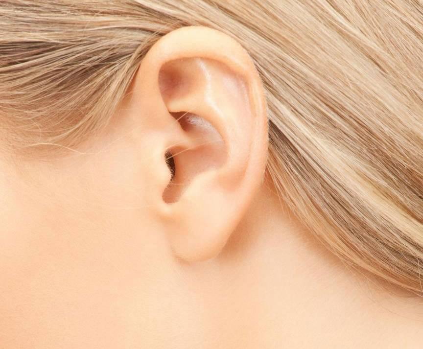 Что делать, если в ухе образовалась воздушная пробка