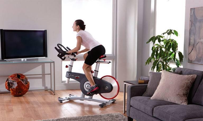 Геморрой и езда на велосипеде, занятия на велотренажере