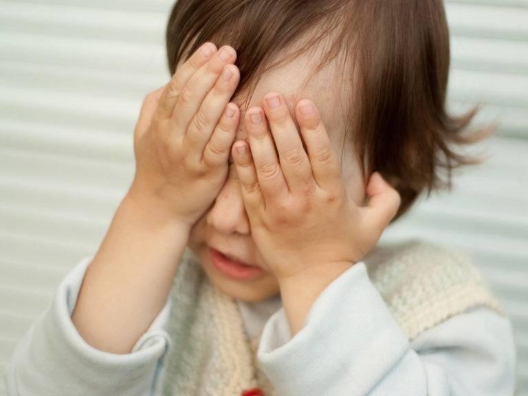 у 4 месячного ребенка дергается глаз