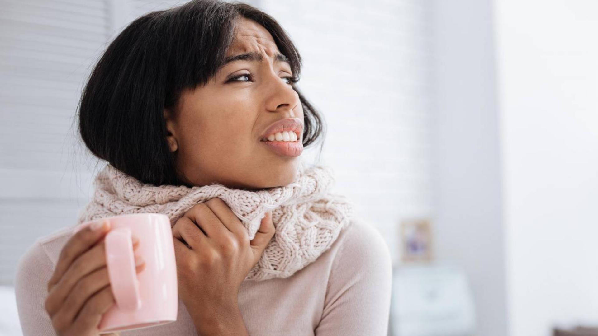 Температура 37 болит горло слабость головная боль