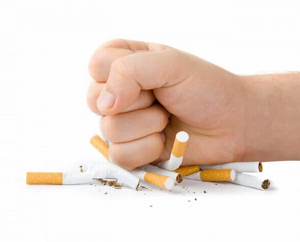 Бой с тенью не в одиночку: кто сможет помочь бросающему курить